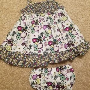 Hanna Andersson 6-12 month dress w/ blooms